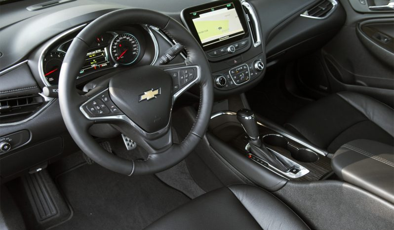 Chevrolet Malibu 2 full